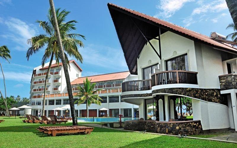 Sri-Lanka-Hotel-Turyaa-Kalutara